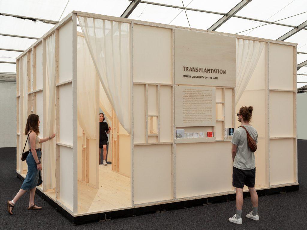 Die Installation «Transplantations. From Image Space To Spacial Image» der Studierenden der Zürcher Hochschule der Künste (ZHDK)